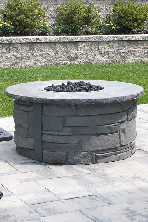 Firepit: Ovation Ledge Stone NY Bluestone